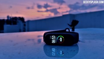 Xiaomi-Mi-Band-4-Review-GeekySplash-1